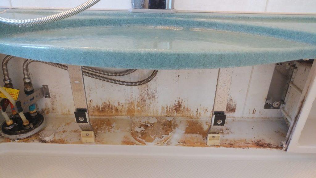 東京都荒川区の浴室クリーニング前