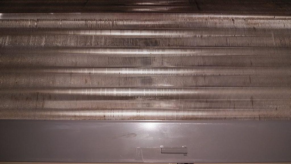 埼玉県八潮市のエアコンクリーニング後、アルミフィン高圧洗浄